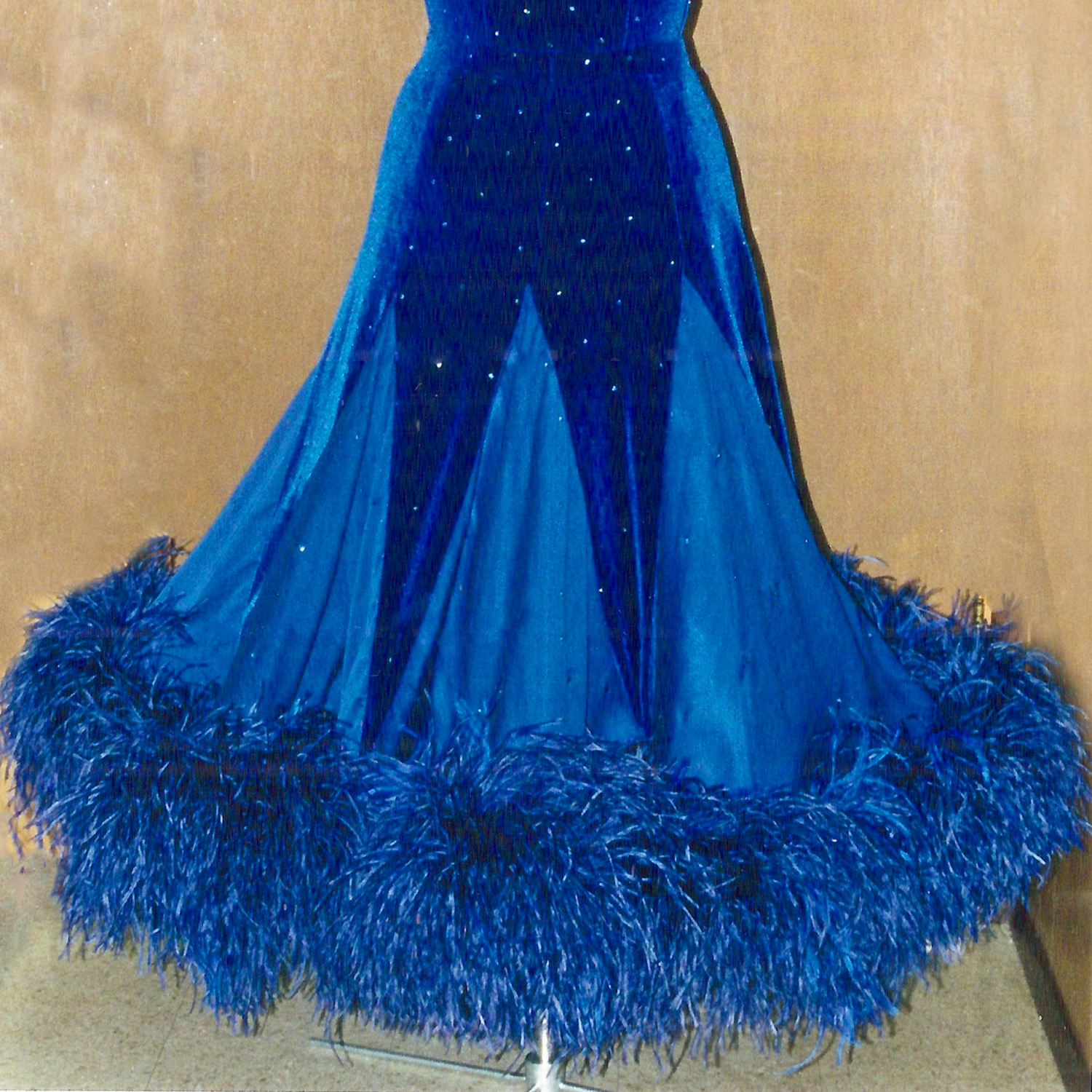 how to make pointed ballgown skirts for competition Dancesport, ballroom, Country dresses